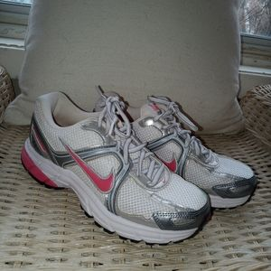 Shoes - Nike Air Citius size 5